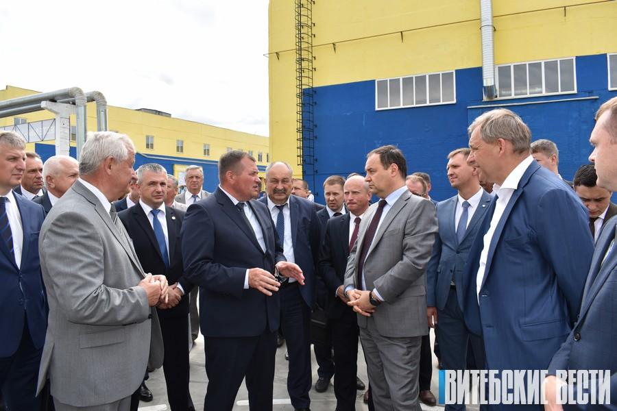 Новинки техники показало ОАО «Амкодор-КЭЗ» на открытии модернизированных цехов в Коханово