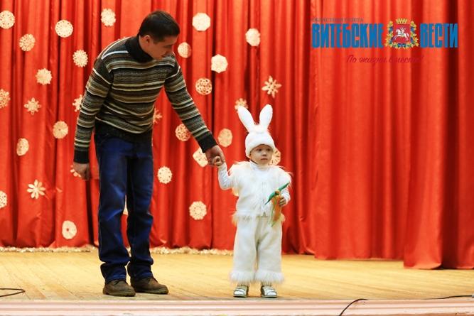 Пеппи Длинный чулок, Снежная Королева, Снежинка. В Витебске прошел конкурс новогодних костюмов, фото-9