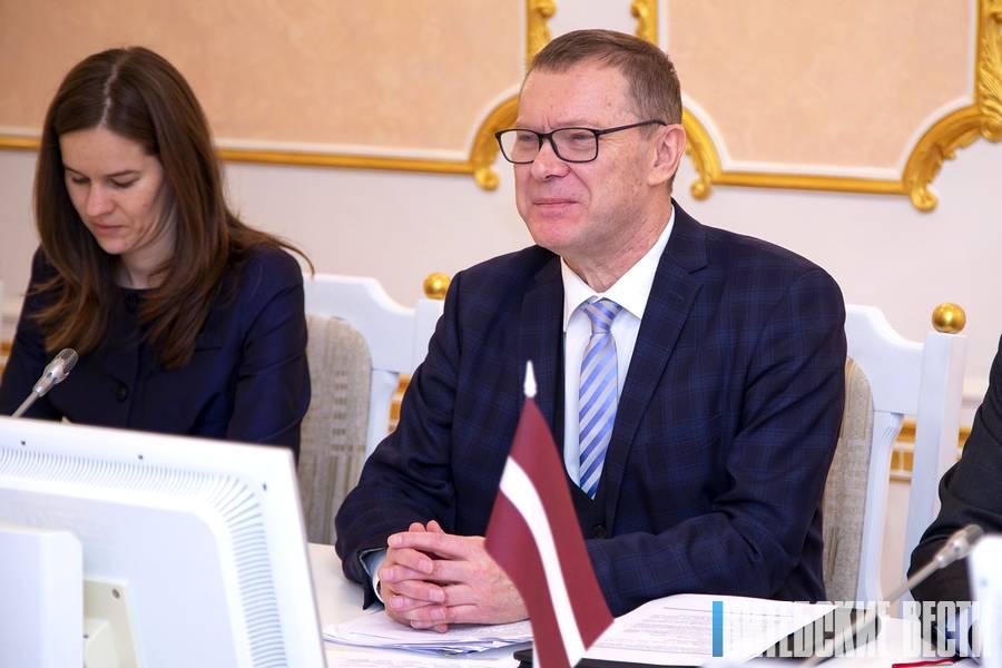 Чрезвычайный и Полномочный Посол Латвии в Беларуси Эйнарс Семанис в Витебске