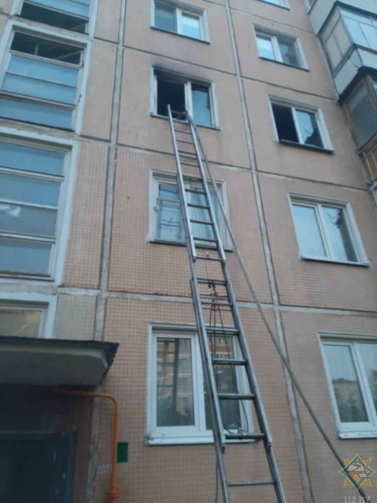 В Витебске горела квартира в многоэтажке, пока ее хозяйка была в магазине