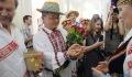Свадьбу в белорусских народных традициях устроили для китайской пары в Витебске