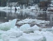 В Лиозненском районе для спасения моста пришлось взрывать лед
