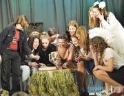 Более 80 постановок и плеяда профессиональных актеров.  Витебская театральная студия «Мара» отмечает 35-летие