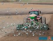 Правительство рекомендовало банкам выдавать сельхозпредприятиям льготные кредиты для полевых работ