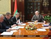 Лукашенко потребовал кардинально изменить подход к ведению сельского хозяйства на Витебщине