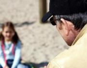 В Орше задержали мужчину, который приставал к малолетним школьницам