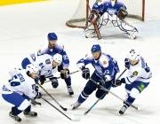 Хоккейный клуб «Витебск» проиграл новополоцкому «Химику»
