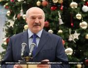 Президент провел новогоднюю встречу с лучшими учащимися страны