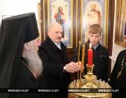 Александр Лукашенко на Пасху посетил храм в Барани Оршанского района