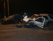 В Витебске столкнулись две иномарки, спасатели деблокировали пострадавших