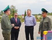 Олег Мацкевич поручил разработать рекомендации по поощрению добровольных дружин за содействие пограничникам