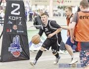 Более полусотни команд сразились в уличном баскетбольном турнире в центре Витебска