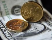 Доллар и евро на торгах 14 ноября подорожали, российский рубль подешевел