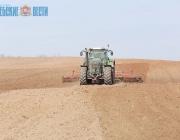 Россонский, Шарковщинский и Городокский районы пока не приступили к посевной из-за тяжелых почв