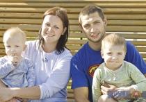 Гигантские качели смастерила у себя во дворе семья в Бешенковичском районе