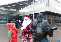 Дом торговли Полоцка креативно поздравляет своих посетителей с Новым годом