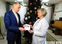 Аппарат искусственной вентиляции легких передал Фонд мира областному специализированному Дому ребенка