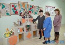 Куклы-Тильды и куклы-обереги делают инвалиды ТЦСОН в Чашниках