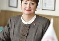 Повышение статуса женщин в бизнесе и строительство моста. Какие вопросы волнуют депутата Галину Желанову?