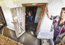 Жители витебской многоэтажки жалуются, что в подвале дома стоит вода