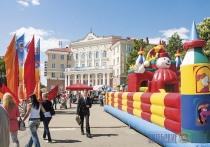 Прокуратура проверила на соответствие безопасности надувные аттракционы в Витебской области