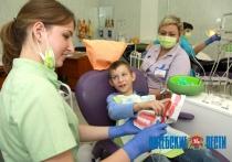 О голливудской улыбке надо позаботиться еще в детстве, убеждены стоматологи