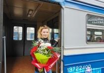 155-го пассажира чествовали на витебском железнодорожном вокзале