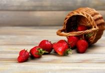 Разгладит морщины и укрепит иммунитет: чем ещё полезна клубника?