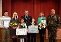 В Витебске школьники помогли задержать велосипедного вора и получили награду от начальника УВД