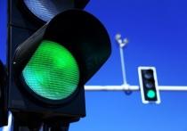 В режиме «зеленой волны» работают светофоры на центральных улицах Витебска. Какова допустимая скорость движения?